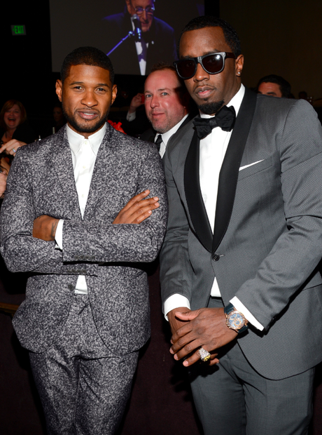 usher and p.diddy get photobombed