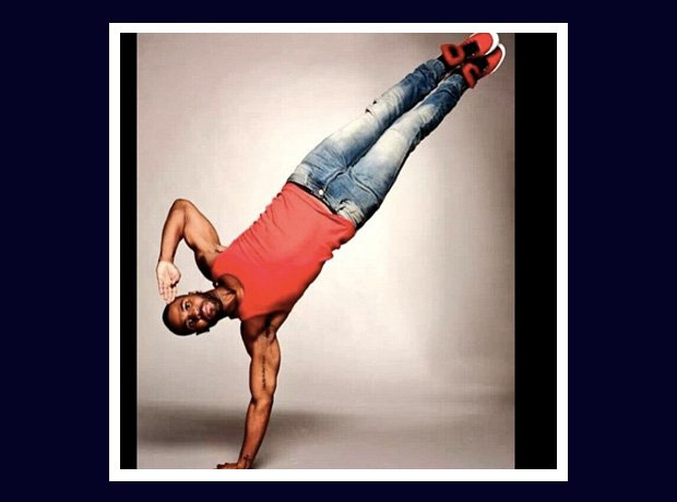 Jason Derulo standing upside down
