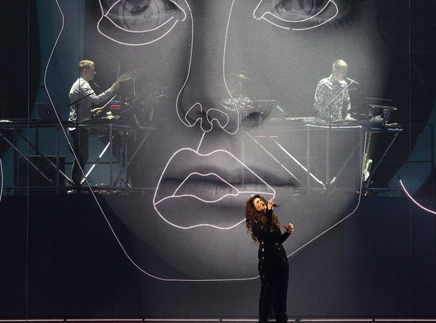 Lorde and Disclosure at the Brit Awards 2014