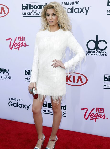 Tori Kelly Billboard Music Awards 2015