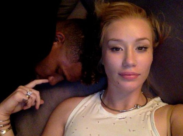 Iggy Azalea picking Nick Young's nose