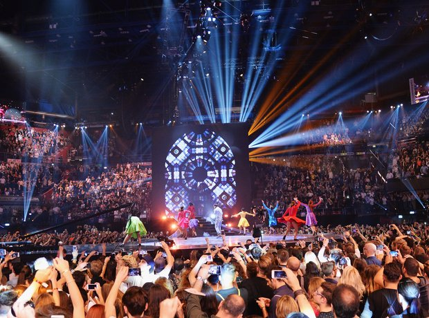 Pharrell MTV EMA's 2015 Live