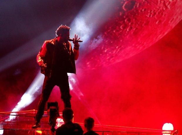 Jason Derulo on stage