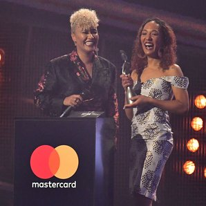 Emeli Sande BRITs 2017 WINNER Best Female Solo Art